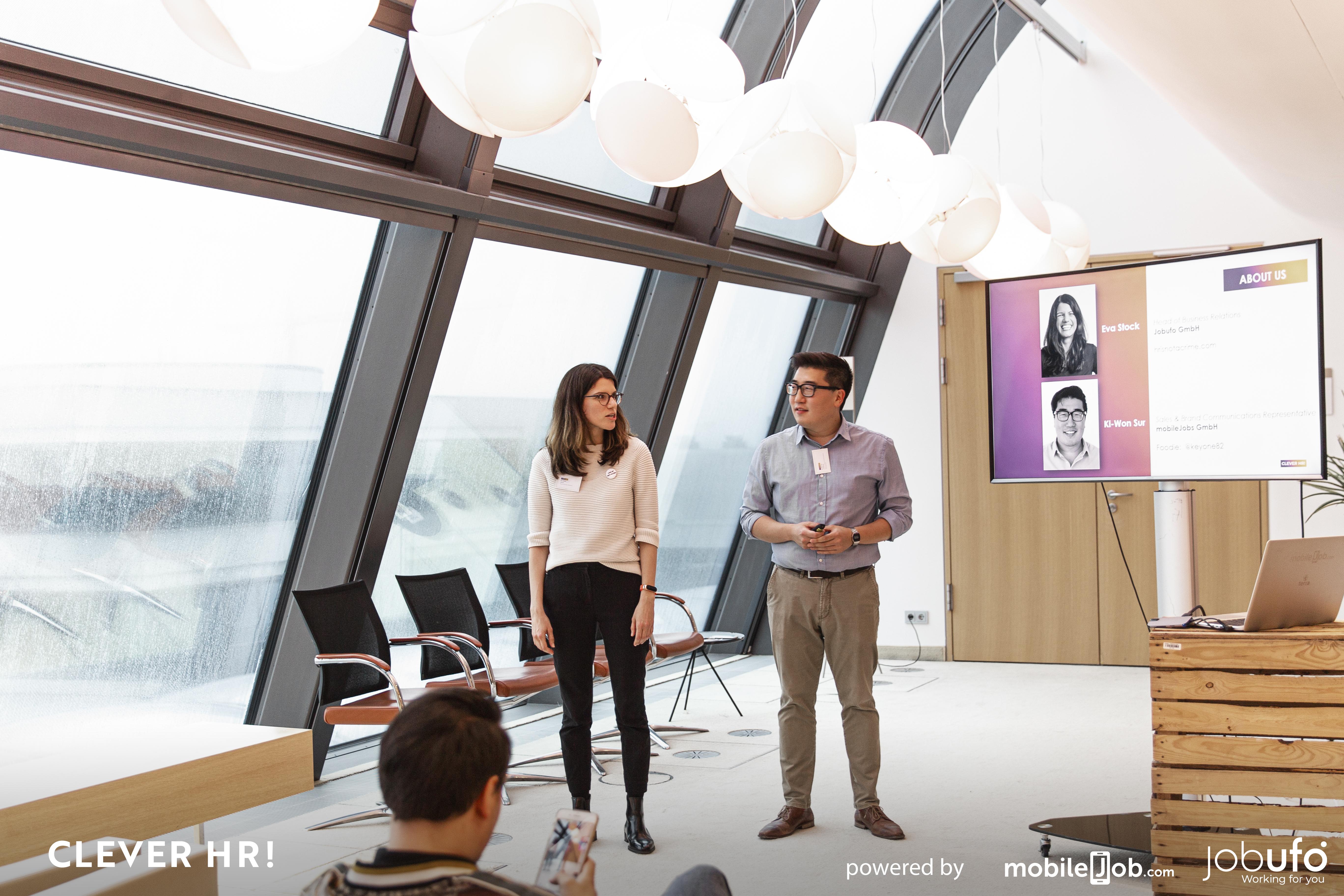 Die Vortragenden Eva Stock und Ki-Won Sur
